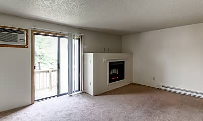 Living Room, Briarwood Grand Apartments, 2