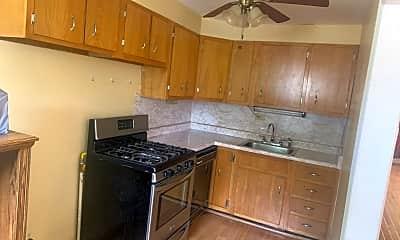 Kitchen, 327 Westmont Dr, 2