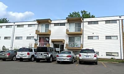 The Oaks Apartments, 0