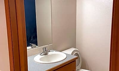 Bathroom, 1416 S Skyline Dr, 1
