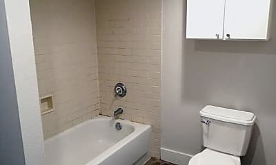 Bathroom, 110-112 10th Street, 2