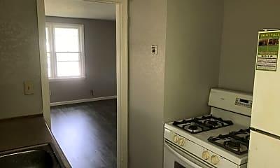 Kitchen, 1009 S Eddy St, 2