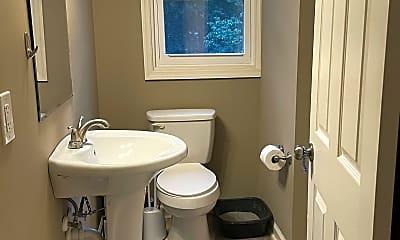 Bathroom, 1421 McAlpine Ave, 2