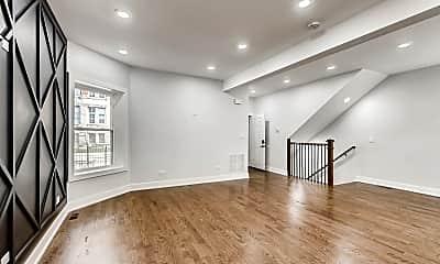 Living Room, 6542 S Champlain Ave 1, 1