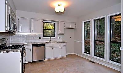 Kitchen, 4580 Glenforest Dr NE, 1
