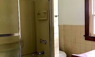 Bathroom, 1714 Leighton Ave, 2