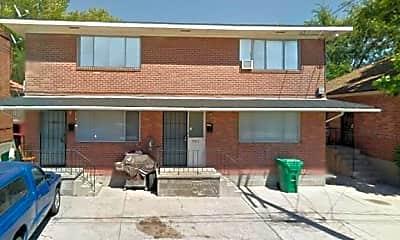 Building, 382 Wilson Ave, 1