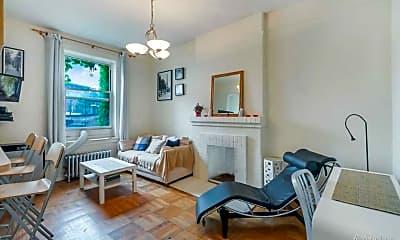 Bedroom, 51 Morton St, 2