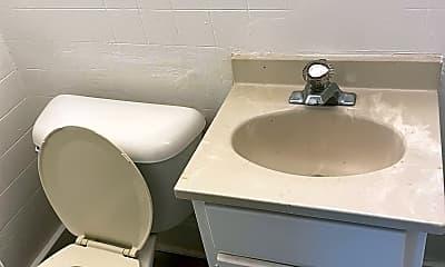 Bathroom, 1016 13th St, 1