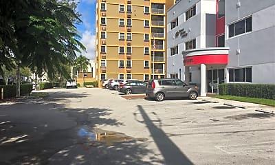 Vernon Ashley Plaza, 2