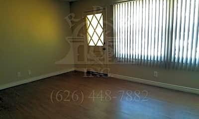 Living Room, 14020 Elwyn Dr, 1