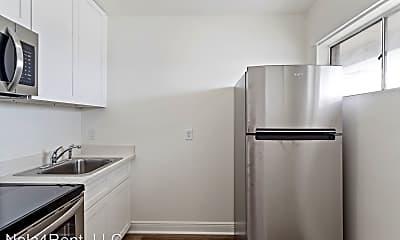 Kitchen, 212 Severn Ave, 2