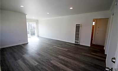 Living Room, 1626 Granville Ave 4, 0