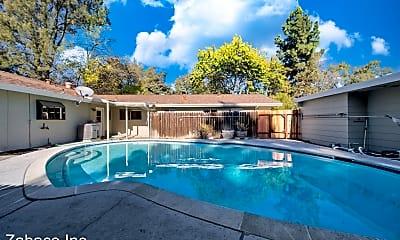 Pool, 1010 Drummond Ave, 0