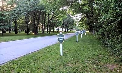 6255 County Loop 187, 2