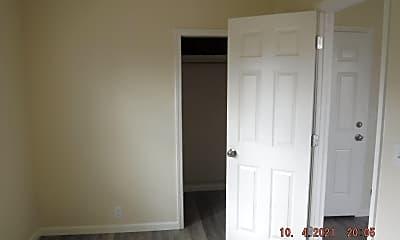 Bedroom, 243 N Holly St, 2