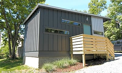 Building, 1010 Argyle Ave, 1