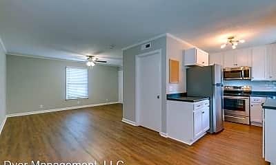 Living Room, 1025 Chickasaw Trail, 0