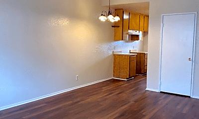 Living Room, 2269 Earl Ave, 0