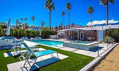 Pool, 37512 Bankside Dr, 1