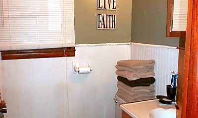 Bathroom, 1215 Poyntz Ave, 0