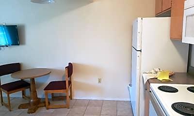 Kitchen, 100 Pulsipher Ln, 2