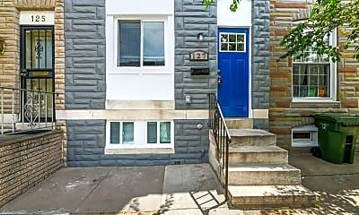 Building, 127 S Eaton St, 1