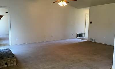 Living Room, 2505 Wiley Dr, 2