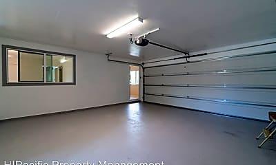 Living Room, 3057 Kalawao St, 2