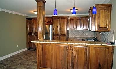 Kitchen, 1290 Park Blvd, 1