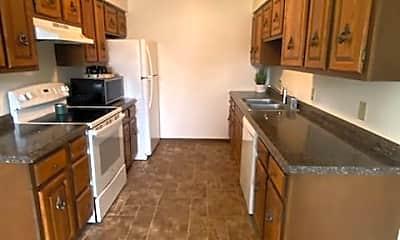 Kitchen, 213 Brunswick Dr, 1