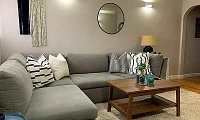 Living Room, 511 Roberts St, 1