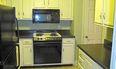 Kitchen, 4141 Woodlawn Dr, 1