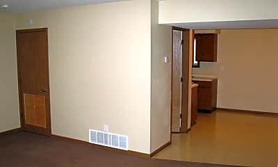 Bedroom, 300 N Clay St, 1