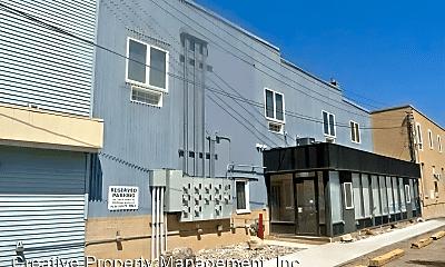 Building, 24 1st St NE, 0