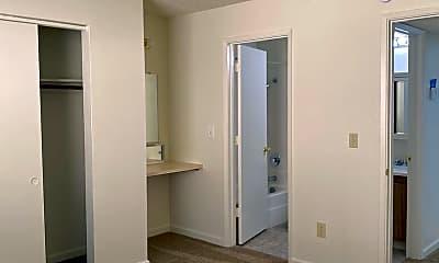 Bedroom, 300 Boulder Creek Dr, 2