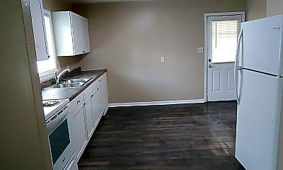 Kitchen, 2816 Club Plaza Rd, 2