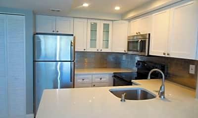 Kitchen, 714 Executive Center Dr, 0
