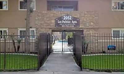 2052 W Linden St, 1