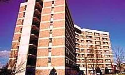 College Park-Pierpont Apartments, 0