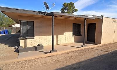 Building, 3520 E Monte Vista Dr, 1