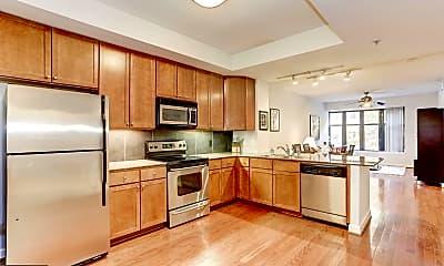 Kitchen, 400 Massachusetts Ave NW 223, 1