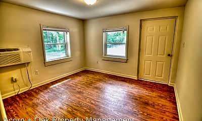 Bedroom, 1010 US Hwy 15 501 S, 1