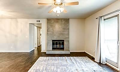 Living Room, 3200 W Britton Rd, 0