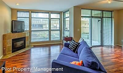 Living Room, 900 108th Ave NE, 2