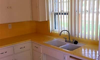 Kitchen, 1022 N Euclid Ave, 1