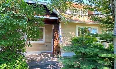 Building, 1023 Park Ave, 0