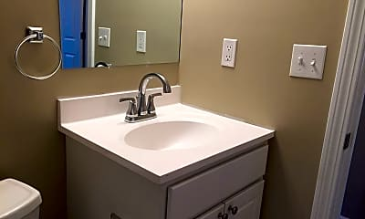 Bathroom, 24 Oak St, 2