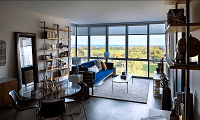 Living Room, 709 W Montrose Ave, 0