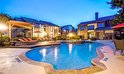 Pool, 9669 Forest Ln, 0